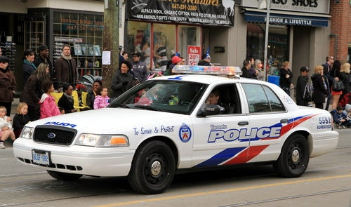 Policing in Canada vs Policing in the USA   Wilfrid Laurier University