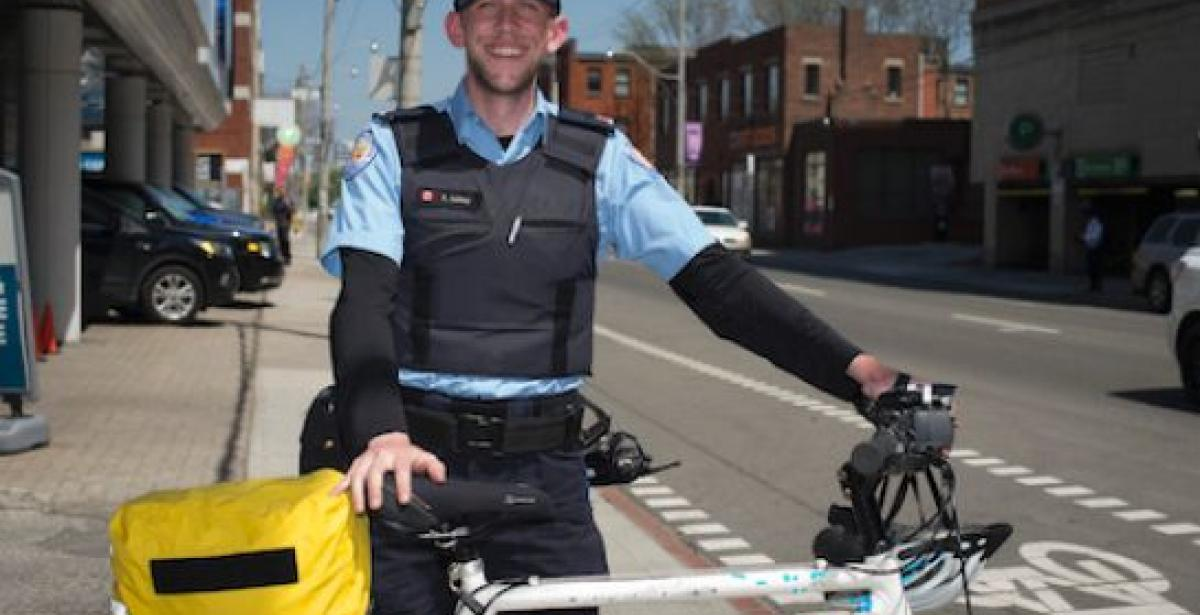Toronto police officer strong proponent of bicycle safety, goes viral - blog header