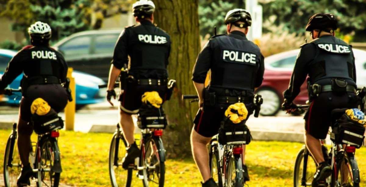 Toronto community police on bicycles