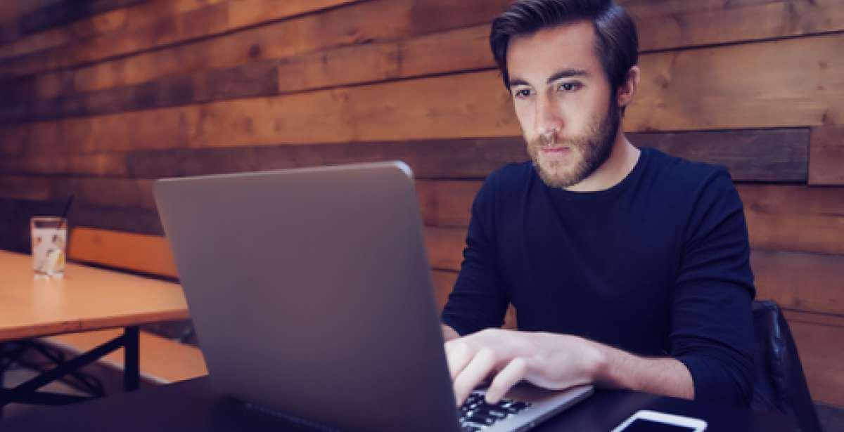 The 5 Benefits of Online Study Blog Header